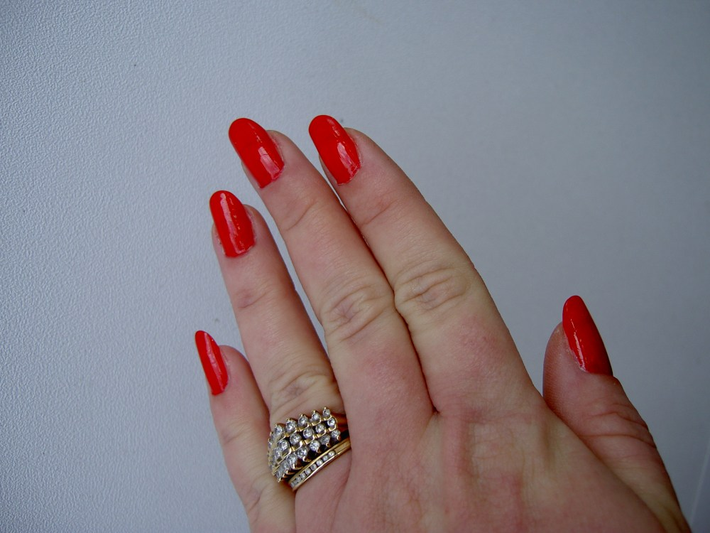 Things You Can\'t Do With Fake Nails